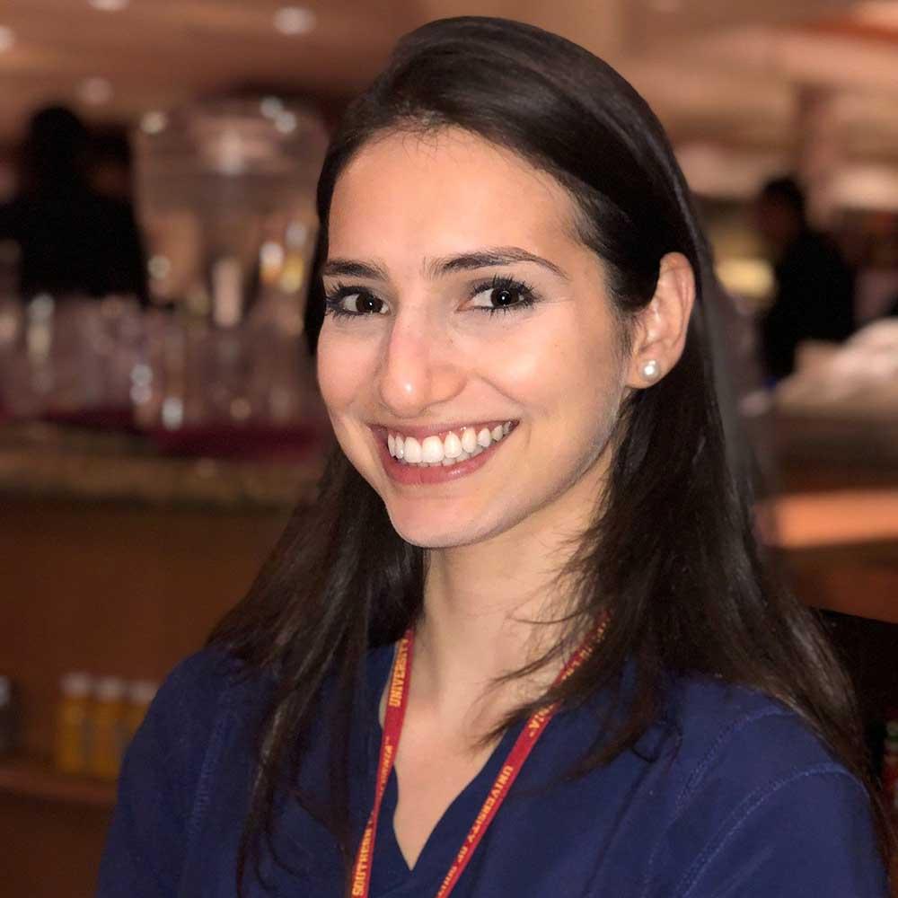 Anna Okulist general dentist
